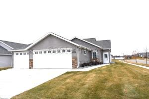 3808 7 Street E, West Fargo, ND 58078