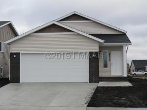 4522 18 Street S, Moorhead, MN 56560