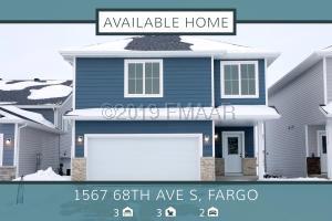 1567 68 Avenue S, Fargo, ND 58104