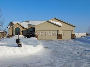 540 PRESCOTT Lane, West Fargo, ND 58078
