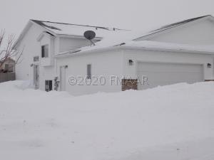 1021 36TH Avenue S, Moorhead, MN 56560