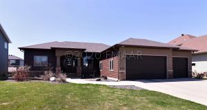 6089 27 Street S, Fargo, ND 58104