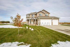 2505 VALLEY View, Hawley, MN 56549