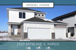 1537 66 Avenue S, Fargo, ND 58104