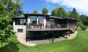 1670 EAST SHORE Drive, Detroit Lakes, MN 56501