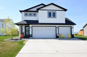 910 4 Avenue NW, Dilworth, MN 56529