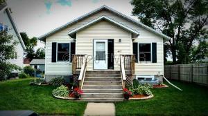 417 1 Avenue SE, Dilworth, MN 56529