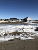 1320 COMMANDER Drive W, West Fargo, ND 58078