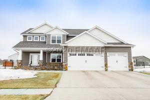 1584 36TH Avenue S, Moorhead, MN 56560