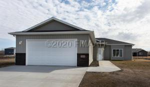 7824 WILD ROSE Way, Horace, ND 58047