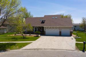1452 12 ST Court E, West Fargo, ND 58078