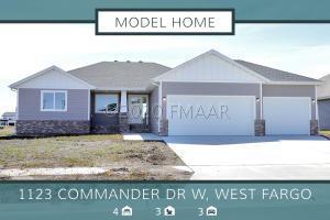 1123 COMMANDER Drive W, West Fargo, ND 58078