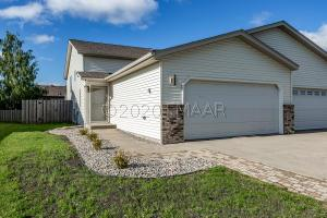 761 14 Avenue E, West Fargo, ND 58078