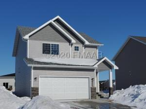 5529 8TH Street W, West Fargo, ND 58078