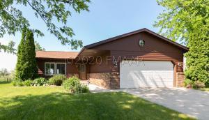 3106 VILLAGE GREEN Drive, Moorhead, MN 56560