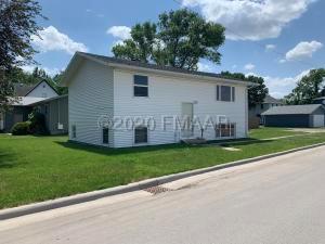 731 5 Street N, Casselton, ND 58012