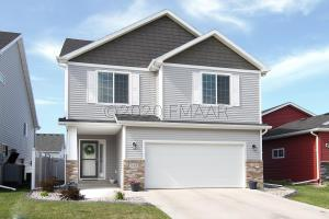 948 30 Avenue W, West Fargo, ND 58078