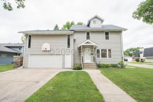1533 16 Street S, Fargo, ND 58103