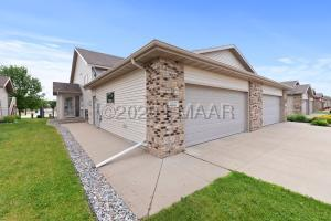 1857 6 Street W, West Fargo, ND 58078