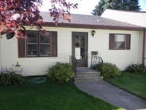 252 9 Avenue S, Casselton, ND 58012