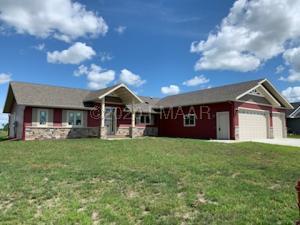 1609 2 Avenue NE, Barnesville, MN 56514