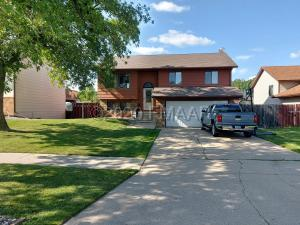 1507 36 1/2 Avenue S, Fargo, ND 58104