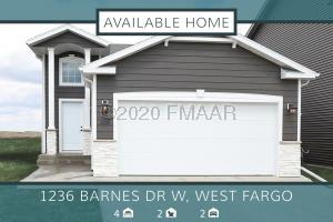 714 2 Avenue, Horace, ND 58047