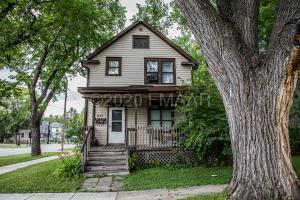 921 6 Avenue N, Fargo, ND 58102