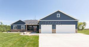 6530 ADELMAN Way, Horace, ND 58047