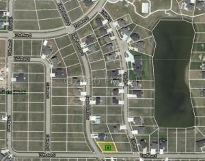 7494 EAGLE POINTE Drive S, Fargo, ND 58104