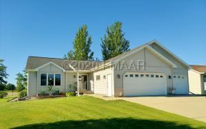 302 SUNSET Lane, Lake Park, MN 56554