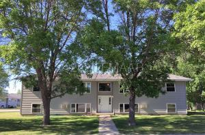 1015 6TH Street SE, Valley City, ND 58072