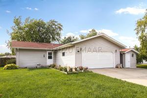 608 5 Court E, West Fargo, ND 58078
