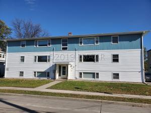 1211 11 1/2 Street N, Fargo, ND 58102