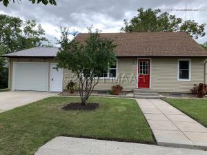 208 1ST Avenue SW, Lidgerwood, ND 58053