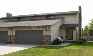 2306 26 1/2 Court S, Fargo, ND 58103