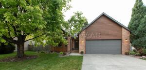 2402 34 1/2 Avenue S, Fargo, ND 58103