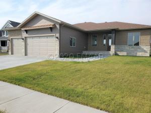 3655 VALLEY VIEW Drive S, Fargo, ND 58104