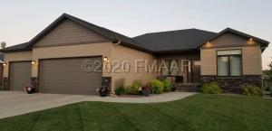 215 39 Avenue E, West Fargo, ND 58078