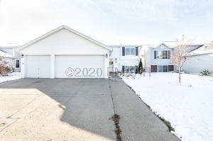 5054 10 Avenue S, Fargo, ND 58103