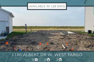 1186 ALBERT Court W, West Fargo, ND 58078
