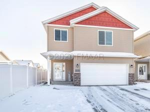 6158 56 Avenue S, Fargo, ND 58104