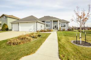 4734 WOODHAVEN Street S, Fargo, ND 58104