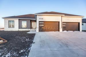 6048 31 Street S, Fargo, ND 58104