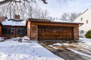 3828 10 Street N, Fargo, ND 58102