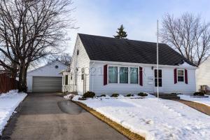 2014 8 Street N, Fargo, ND 58102