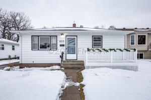 1609 14 1/2 Street S, Fargo, ND 58103