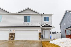 6243 60 Avenue S, Fargo, ND 58104