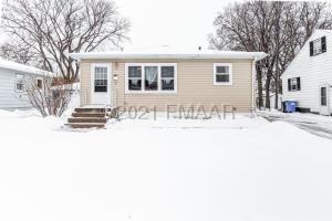 1441 13 1/2 Street S, Fargo, ND 58103