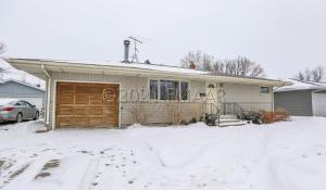 2605 10TH Street N, Fargo, ND 58102